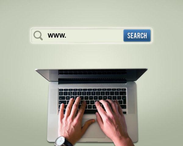 検索エンジンで検索する人